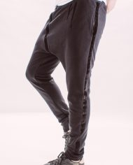 Pantaloni_barbati_sport_different_street_pants_black_but_not_quite_black_2