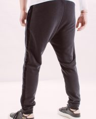 Pantaloni_barbati_sport_different_street_pants_black_but_not_quite_black_3